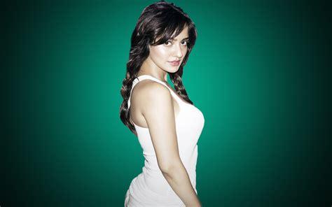 about actress neha sharma neha sharma actress vid 233 os pour adultes