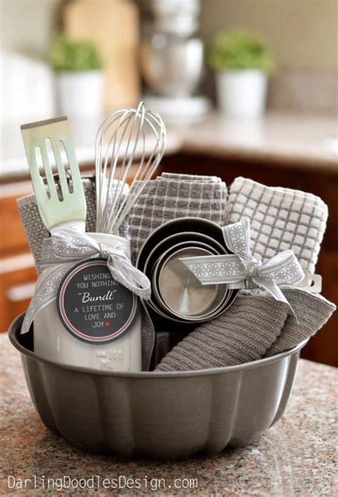 cheap housewarming gifts best 25 housewarming gifts ideas on pinterest diy house