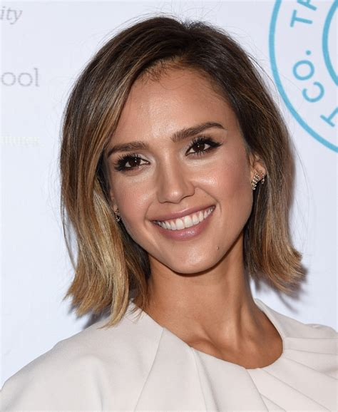 bob haircut jessica alba jessica alba bob short hairstyles lookbook stylebistro