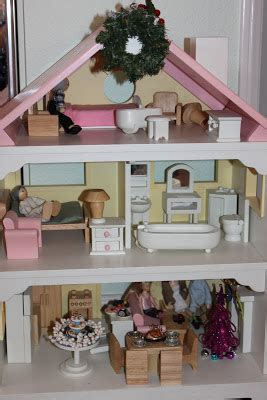 doll house decorating my new room 2 pretend play decorating the doll house