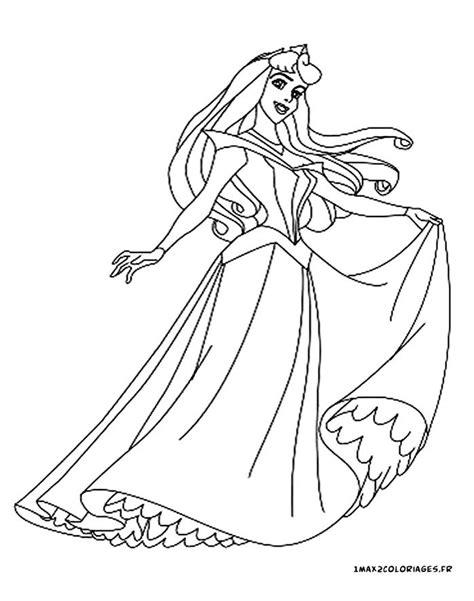 Coloriage Princesse Facile. A Colorier Image De Noisette