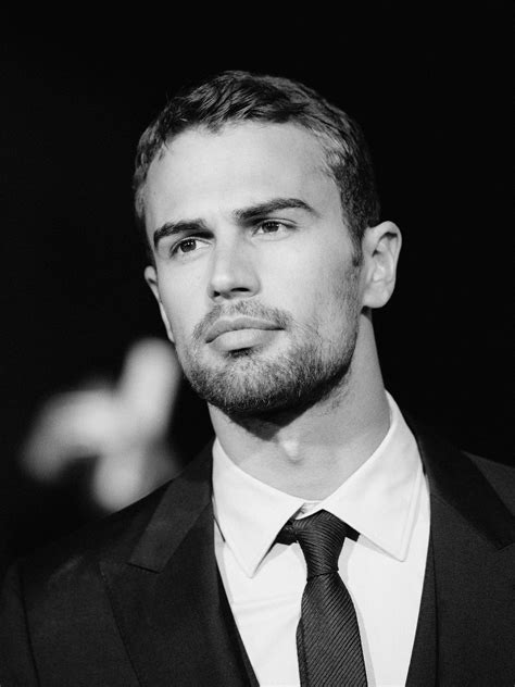 mens hair styles divergent theo james theo james sexy men and eye candy