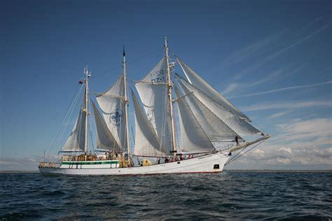jacht zawisza czarny zawisza czarny w sopockiej marinie zwiedź legendę