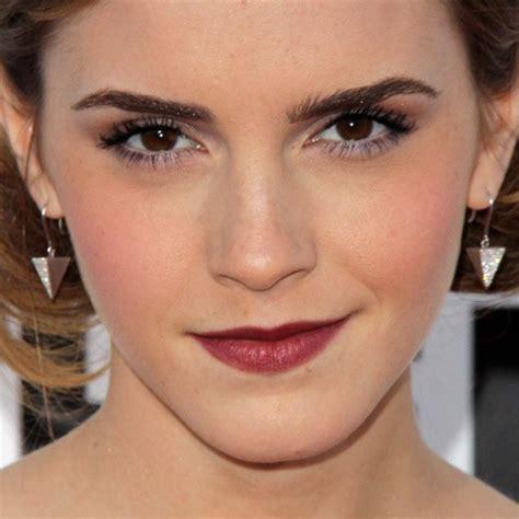 emma watson lipstick emma watson makeup purple eyeshadow burgundy lipstick