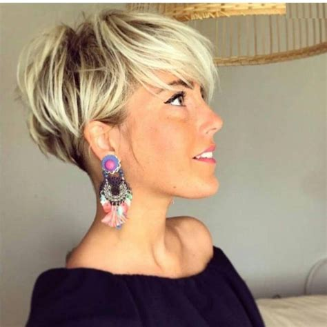 2018 Latest Short Blonde Styles