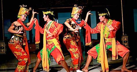 Baju Tarian Jawa 10 tari tradisional jawa timur tradisikita indonesia