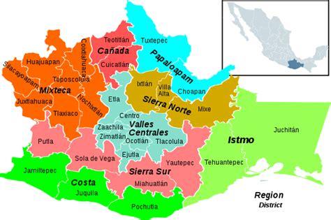 mapa de oaxaca mexico file oaxaca regions and districts svg wikimedia commons