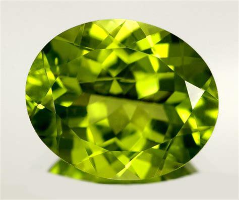 Peridot August Gemstone by Yandere Gems Steven Universe Cross Pt 1