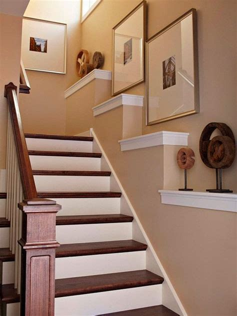 treppenhaus dekorieren 50 creative staircase wall decorating ideas frames