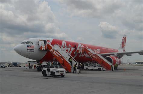 airasia d7 バリ島旅行 第二弾 airasia xのd7 522便 サプライズなプレゼンツ編 fb lorenzoの 西方見聞録