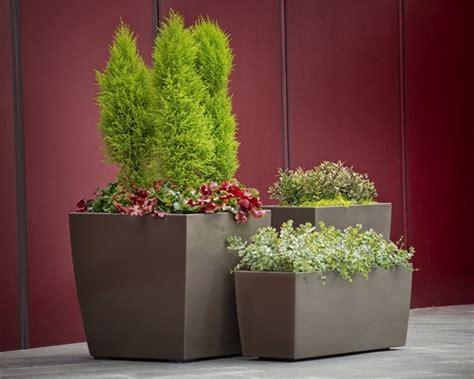 Landscape Forms Larkspur Planter Sorella Planter Landscape Forms Artform Furniture