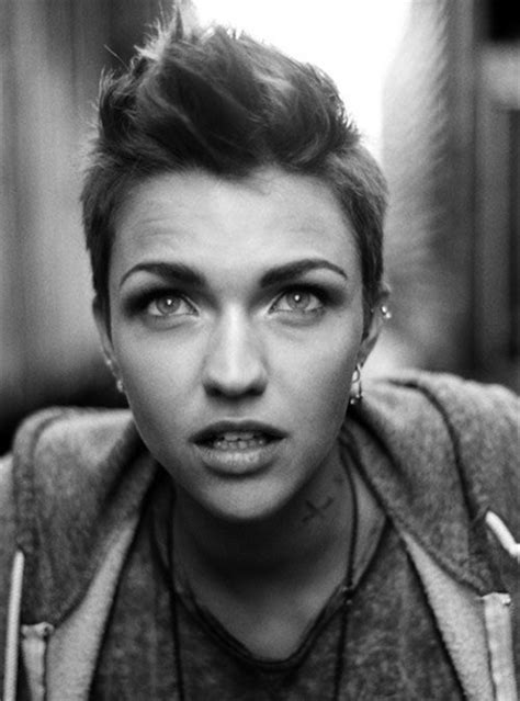 boyish hairstyles for hairstyles and cuts cool spiked up boyish pixie