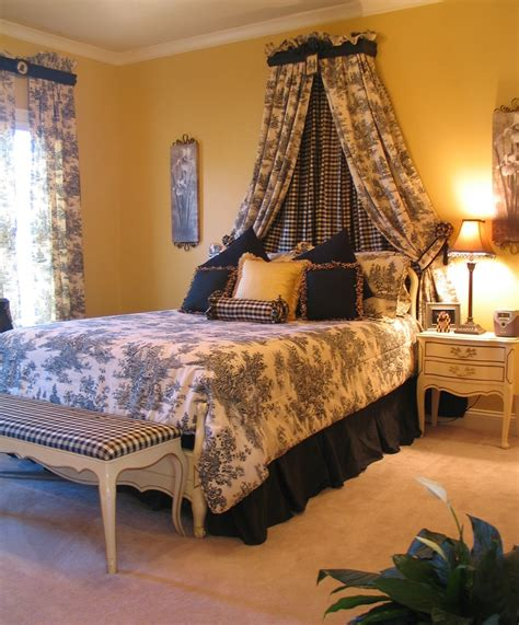 toile bedroom 1000 images about toile bedrooms on pinterest pink