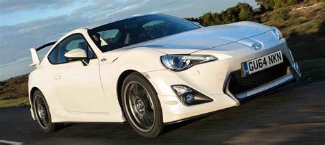 Toyota Sport Cars Gt86 Overview Sports Cars Toyota Uk