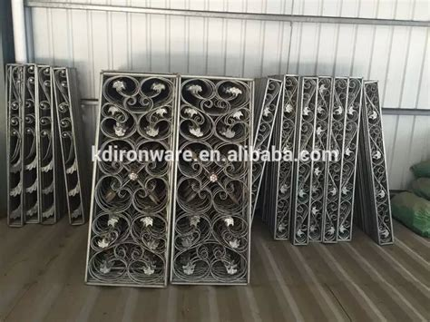 2015 popular simple wrought iron insert or wrought iron