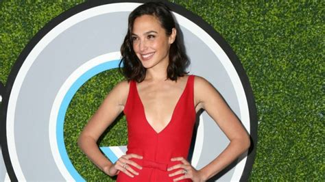 wonder woman actor name 2017 gal gadot is the highest grossing actress of 2017 israel21c