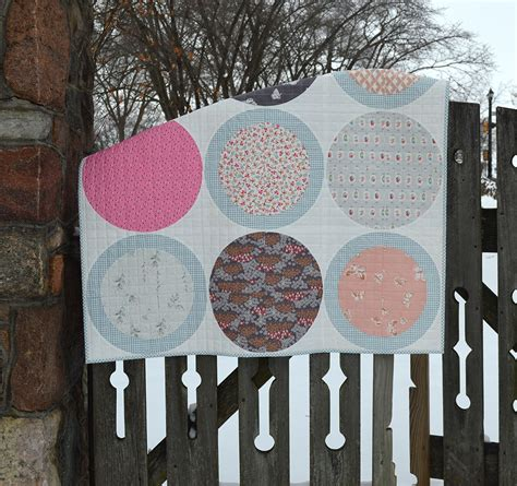 dollhouse quilt tutorial doll house quilt tutorial part 1 color quilts by