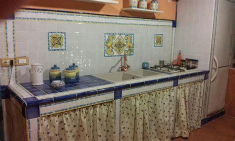 mattonelle rustiche per cucina awesome mattonelle per cucina in muratura photos home
