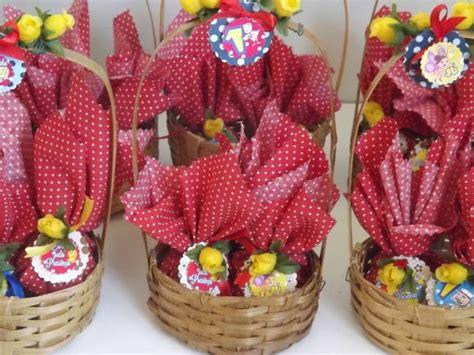 feltro cestinha tema fazendinha rosa modelo para centro de mesa 166 best images about festa fazendinha on pinterest