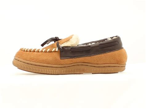 fleece lined moccasin slippers mf 57804 08 barrel youth moccasin slippers