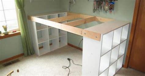 costruire una scrivania costruire una scrivania speciale utilizzando 3 scaffali