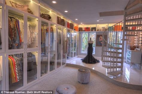Best Walk In Closets In The World by Former Miss Theresa Roemer Puts World S