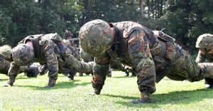 Bewerbung Bundeswehr Soldat Auf Zeit Soldat Auf Zeit Sein Konsequenzen F 252 Rs Privatleben