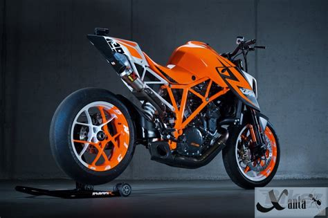 Ktm Superduke 1290 Price Usa Ktm 1290 Duke R Abs 2015 Price In India