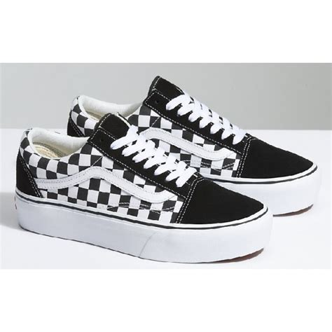 Sepatu Vans Skool Chekerboard Blackwhite Like Original kourtney shops in a vibrant sweater