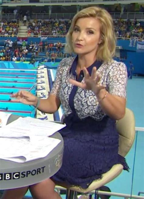 helen skelton rio olympics 2016 host wardrobe malfunction helen skelton stuns olympics viewers showing off her legs