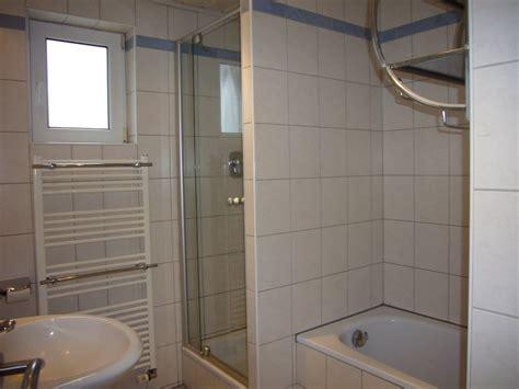 dusche mit wanne luxus kleines bad mit wanne und dusche ebenbild erindzain