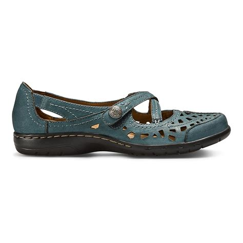 cobb hill shoes womens cobb hill ch casual shoe at road runner sports
