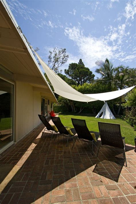 Canvas Triangle Awnings by Best 25 Canvas Canopy Ideas On Diy Curtain