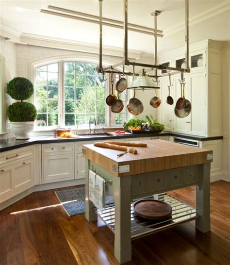Small Kitchen Butcher Block Island Square Kitchen Island With Butcher Like Countertop Home Decorating Trends Homedit
