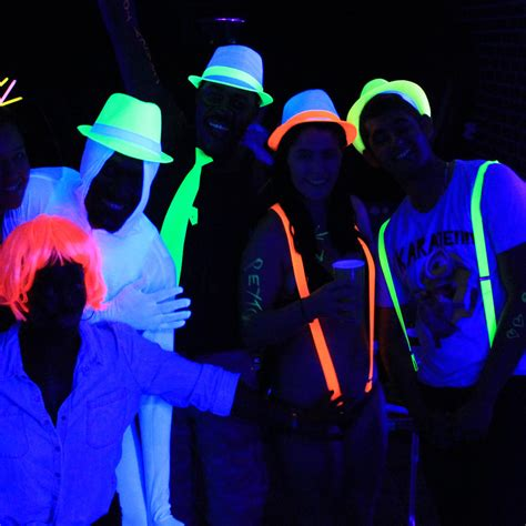 Cool Kids Bedroom Ideas crazy town parties glow party costumes and props