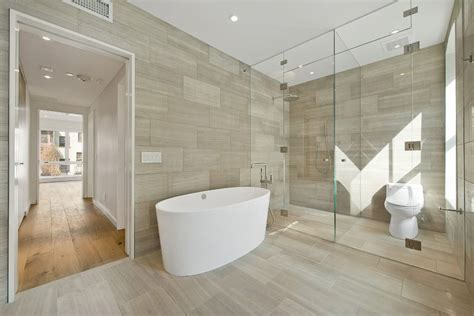 White Subway Fliesen Badezimmer by Staggered Floor Tile Bathroom Contemporary With Tile Walls