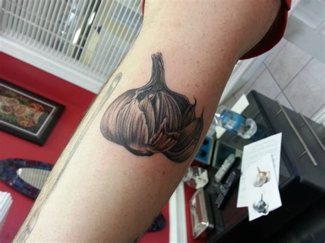 garlic tattoo garlic images designs