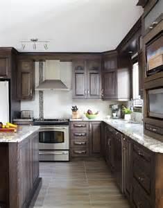 armoires de cuisine classiques en merisier qu 233 bec simard