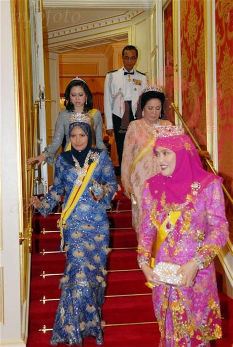 sultan hassanal bolkiah wives 390 best images about royals on pinterest diana lady di