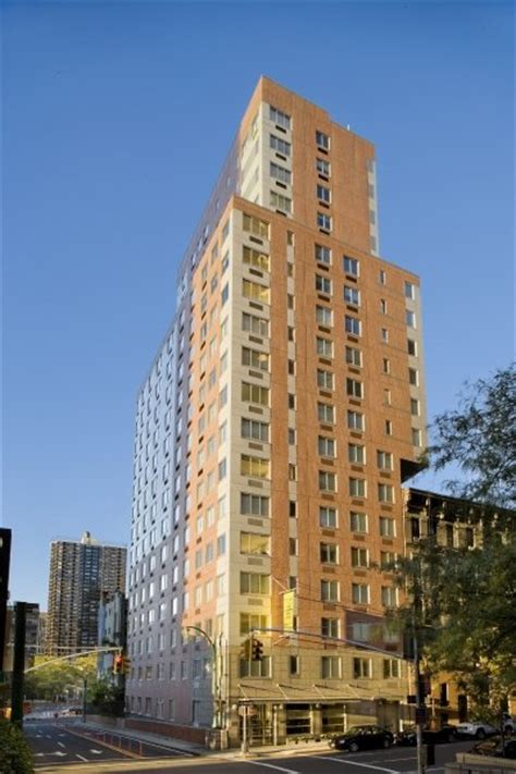 the continental luxury rental tower in manhattan 308 east 38th rentals the montrose apartments