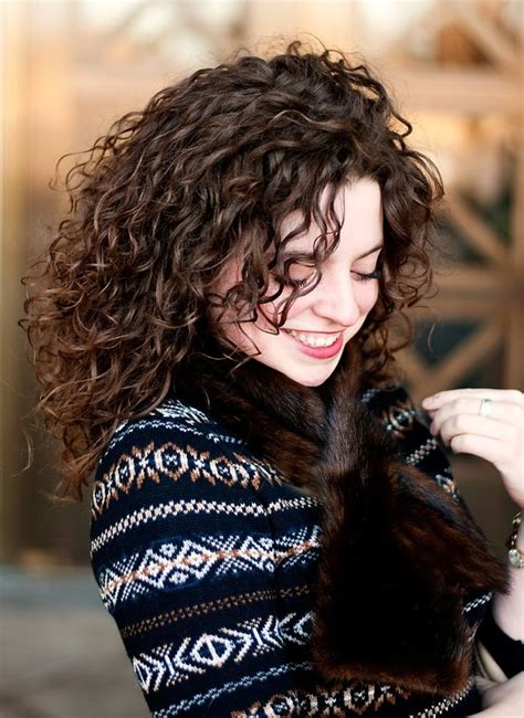 hairstyles messy curls 17 best ideas about medium length curly hairstyles on