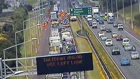 southern motorpany sewage truck causes a mess of traffic on auckland motorway