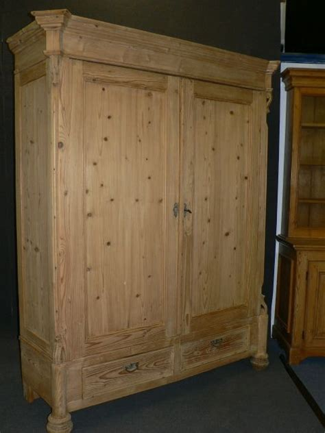 large antique pine wardrobe dismantles 248860