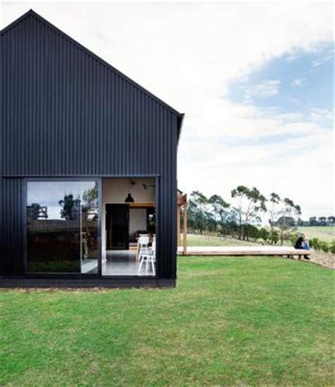 Modern Barn Wins Top Nz Design Award Stuff Co Nz Barn House Designs Nz