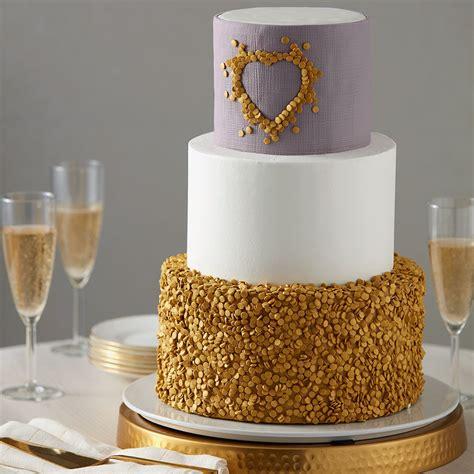 Wedding Cake Decoration Ideas by Glittery Gold Wedding Cake
