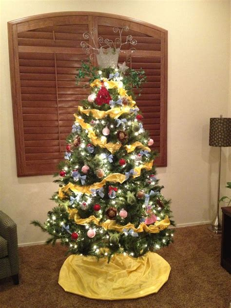 wizard of oz themed christmas tree christmas in oz