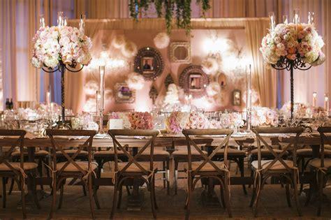 Vintage Wedding Themes Show Elegant Impression Around It