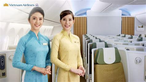 cabin crew traduzione airlines change ses fameux quot ao dai quot rouges site
