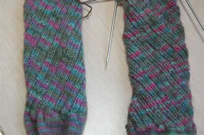 knitting pattern spiral socks socks i knit i tink i think