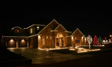 christmas light installation in minneapolis mn